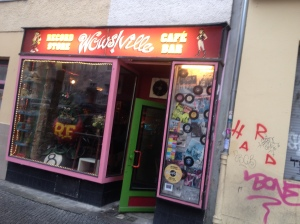 Best record shop/bar/rock club/paella schack ever…Wowsville!