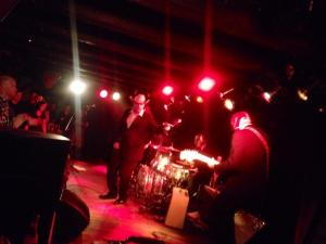 Los Straitjackets and Deke Dickerson
